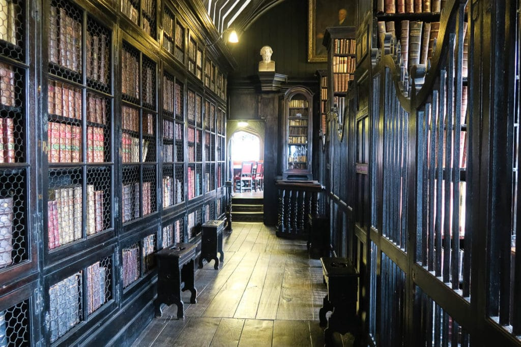Manchester Travel Guide: Chetham's Library